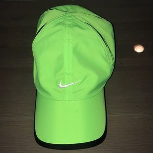 Neon Green NIKE HAT! GREAT CONDITION!!
